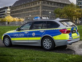 Ver foto 2 de BMW Serie 3 Touring 318d xDrive Polizei F31 2016