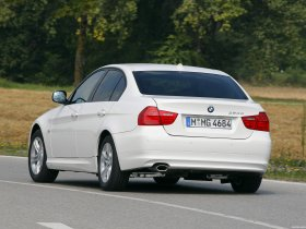 Ver foto 3 de BMW Series 3 E90 320d EfficientDynamics Edition 2009