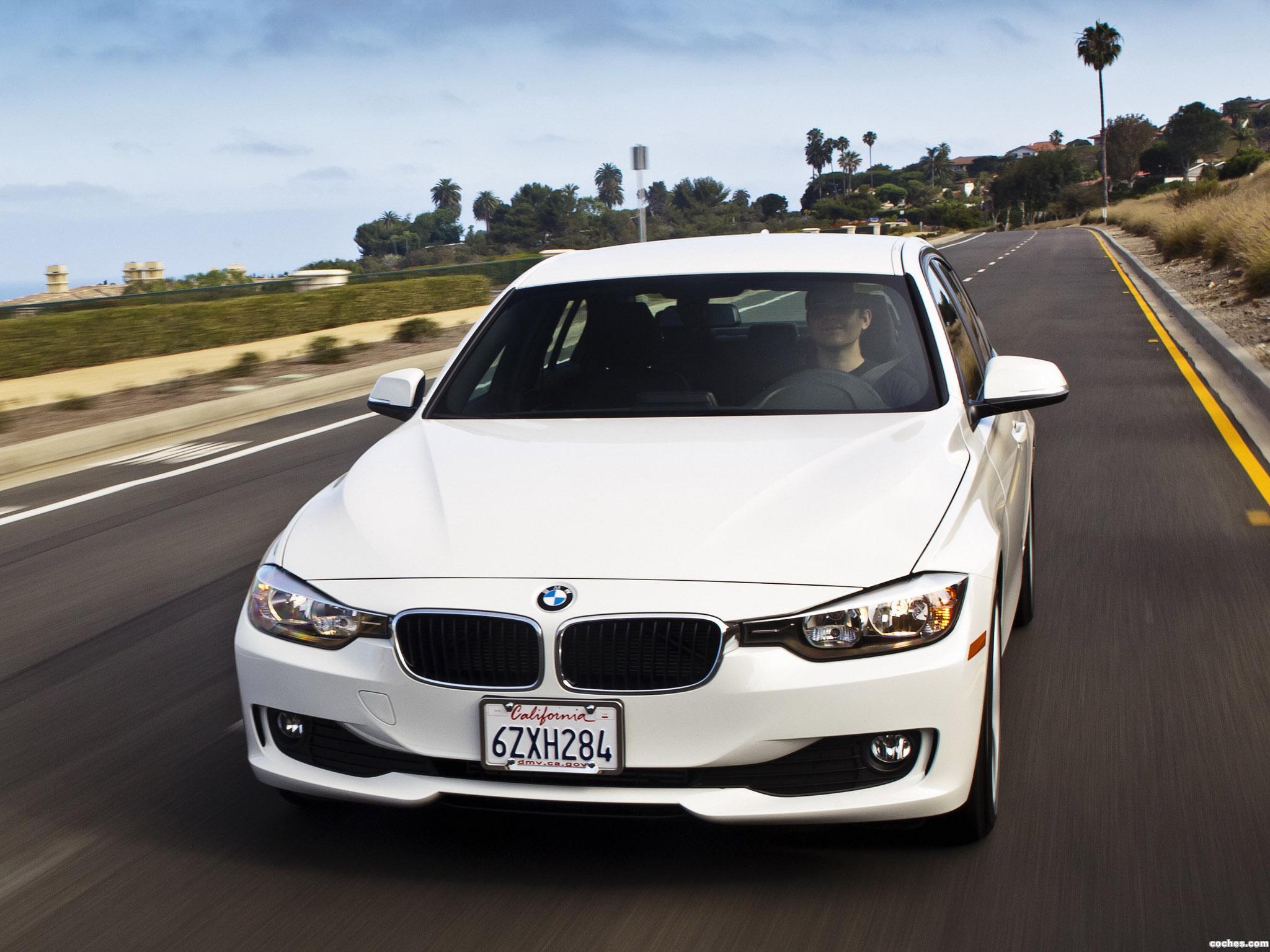 Foto 9 de BMW Serie 3 320i Sedan F30 USA 2013