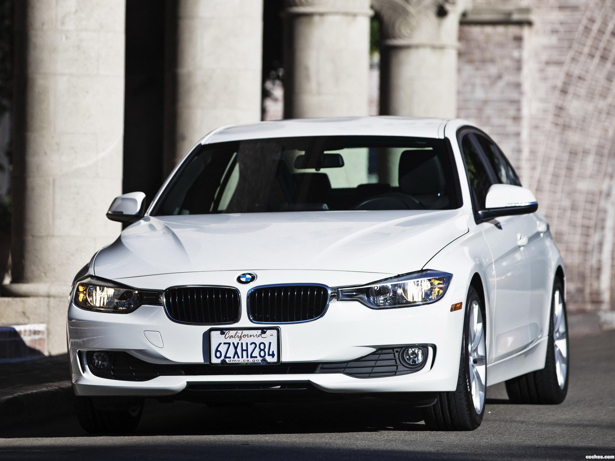 Foto 2 de BMW Serie 3 320i Sedan F30 USA 2013