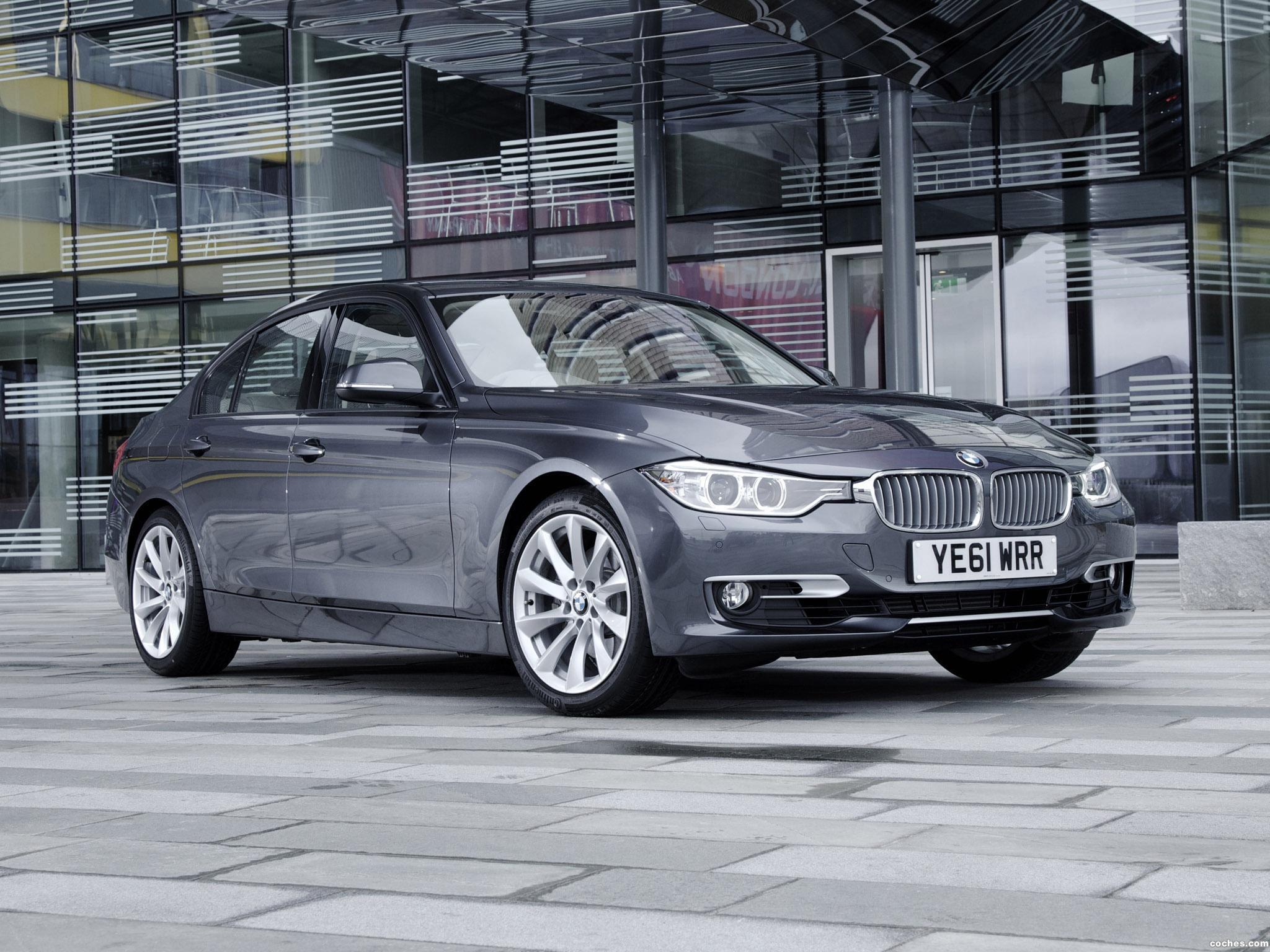 Foto 0 de BMW Serie 3 328i Sedan Modern Line F30 UK 2012