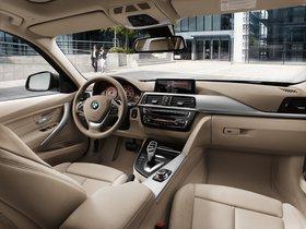 Ver foto 22 de BMW Serie 3 Touring 330d F31 2012