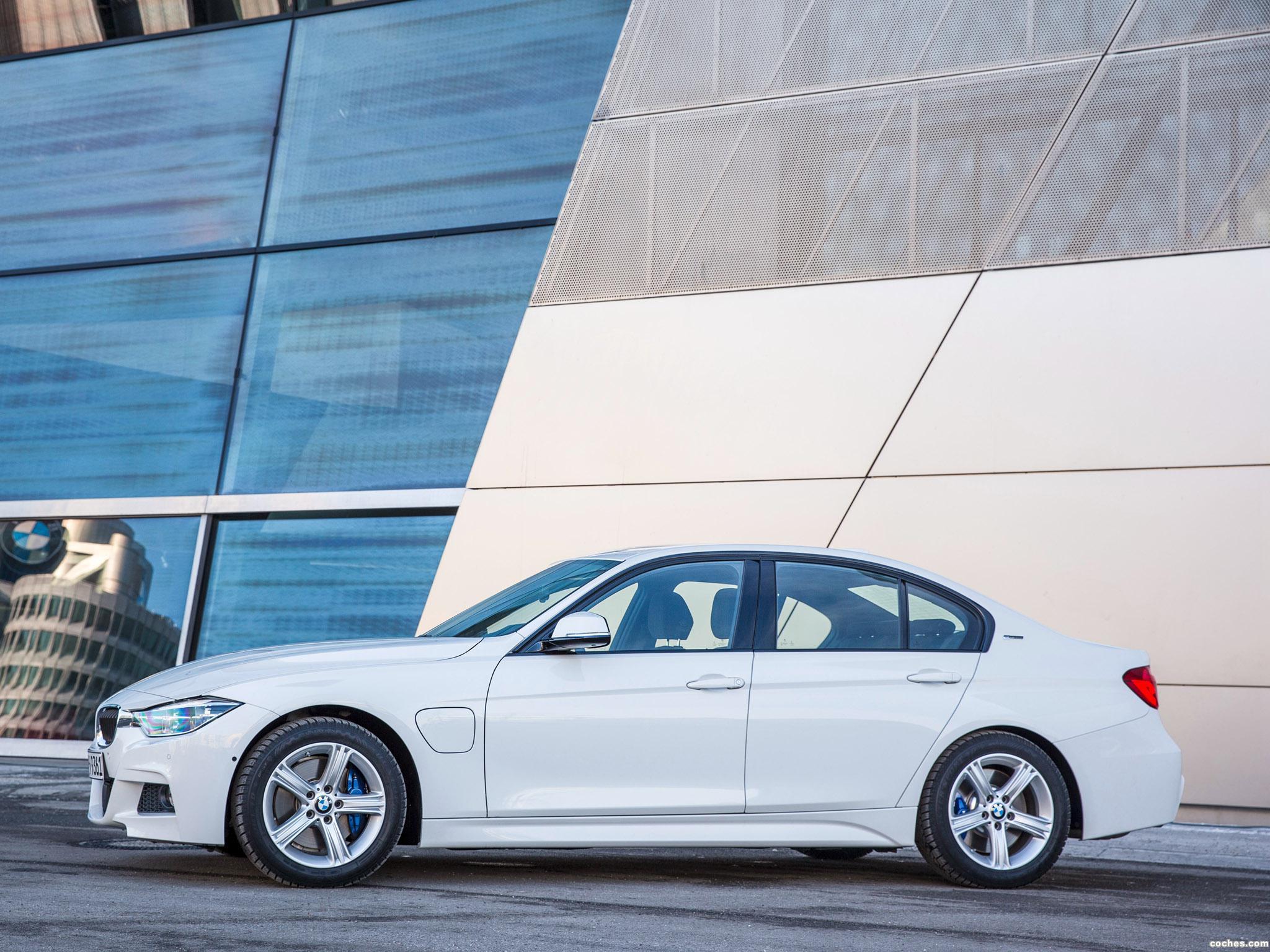 Foto 14 de BMW Serie 3 330e M Sport F30 2016