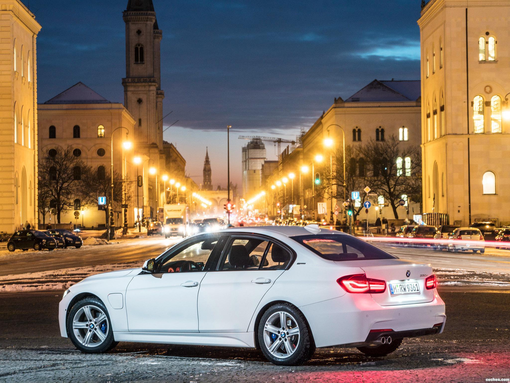 Foto 13 de BMW Serie 3 330e M Sport F30 2016