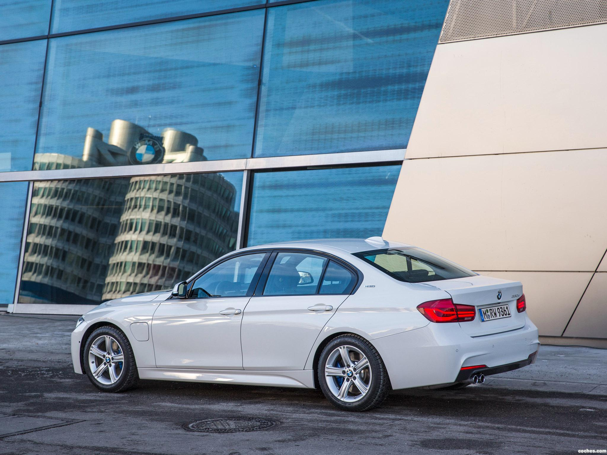 Foto 12 de BMW Serie 3 330e M Sport F30 2016