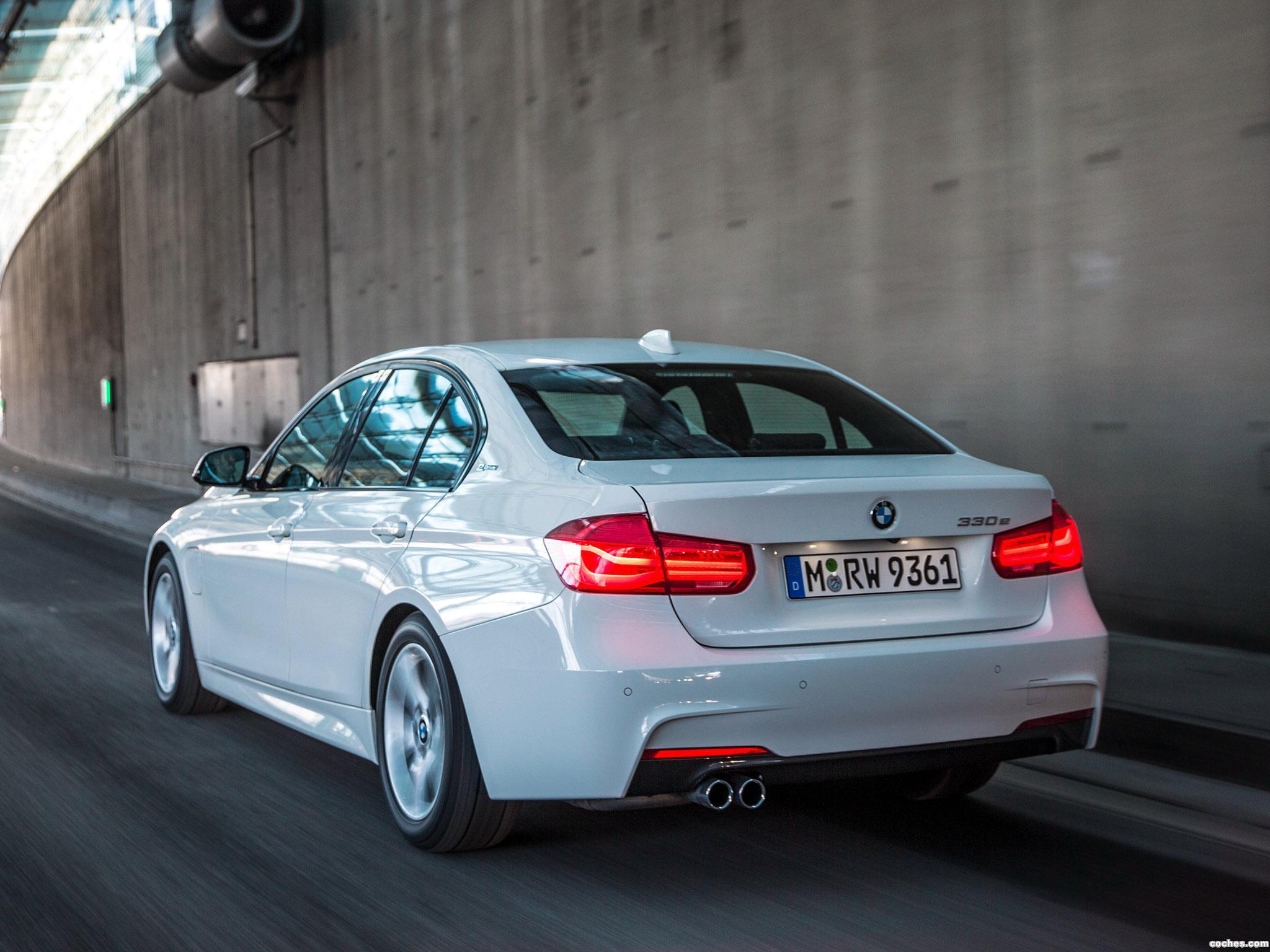 Foto 1 de BMW Serie 3 330e M Sport F30 2016