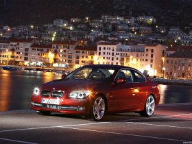 Ver foto 4 de BMW Serie 3 E92 335i Coupe  2010