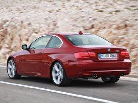 Ver foto 20 de BMW Serie 3 E92 335i Coupe  2010
