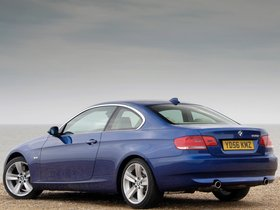 Ver foto 2 de BMW Serie 3 335i Coupe UK E92 2008