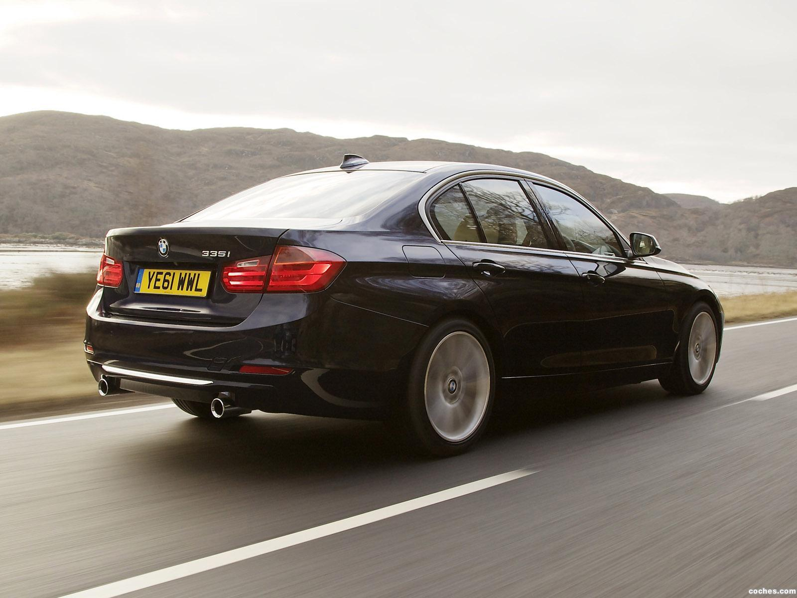 Foto 11 de BMW Serie 3 335i Sedan Luxury Line F30 UK 2012