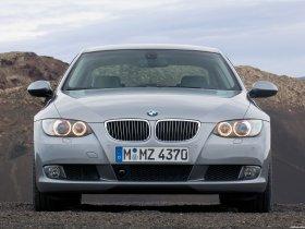 Ver foto 12 de BMW Serie 3 E92 Coupe 2006