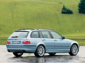 Ver foto 2 de BMW Serie 3 Touring 2001