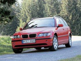 Ver foto 8 de BMW Serie 3 Touring 2001