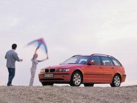 Ver foto 7 de BMW Serie 3 Touring 2001