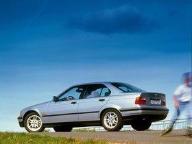Ver foto 5 de BMW Serie 3 320i Sedan E36 1990