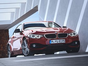 Ver foto 21 de BMW Serie 4 420d Coupe Sport Line F32 2013