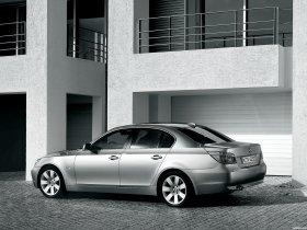 Ver foto 34 de BMW Serie 5 E60 2003