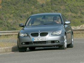 Ver foto 30 de BMW Serie 5 E60 2003