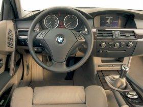 Ver foto 47 de BMW Serie 5 E60 2003