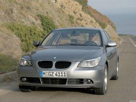 Ver foto 27 de BMW Serie 5 E60 2003