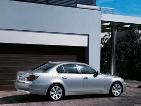 Ver foto 10 de BMW Serie 5 E60 2003