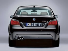 Ver foto 2 de BMW Serie 5 E60 2003