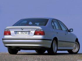 Ver foto 3 de BMW Serie 5 520d Sedan E39 2000