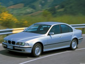 Fotos de BMW Serie 5 520d Sedan E39 2000