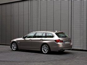 Ver foto 20 de BMW Serie 5 520d Touring 2010