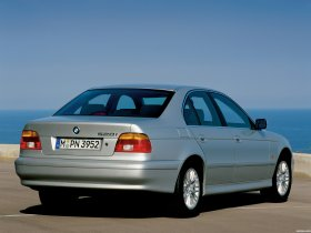 Ver foto 4 de BMW Serie 5 520i Sedan E39 2000
