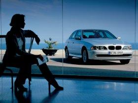 Ver foto 3 de BMW Serie 5 520i Sedan E39 2000
