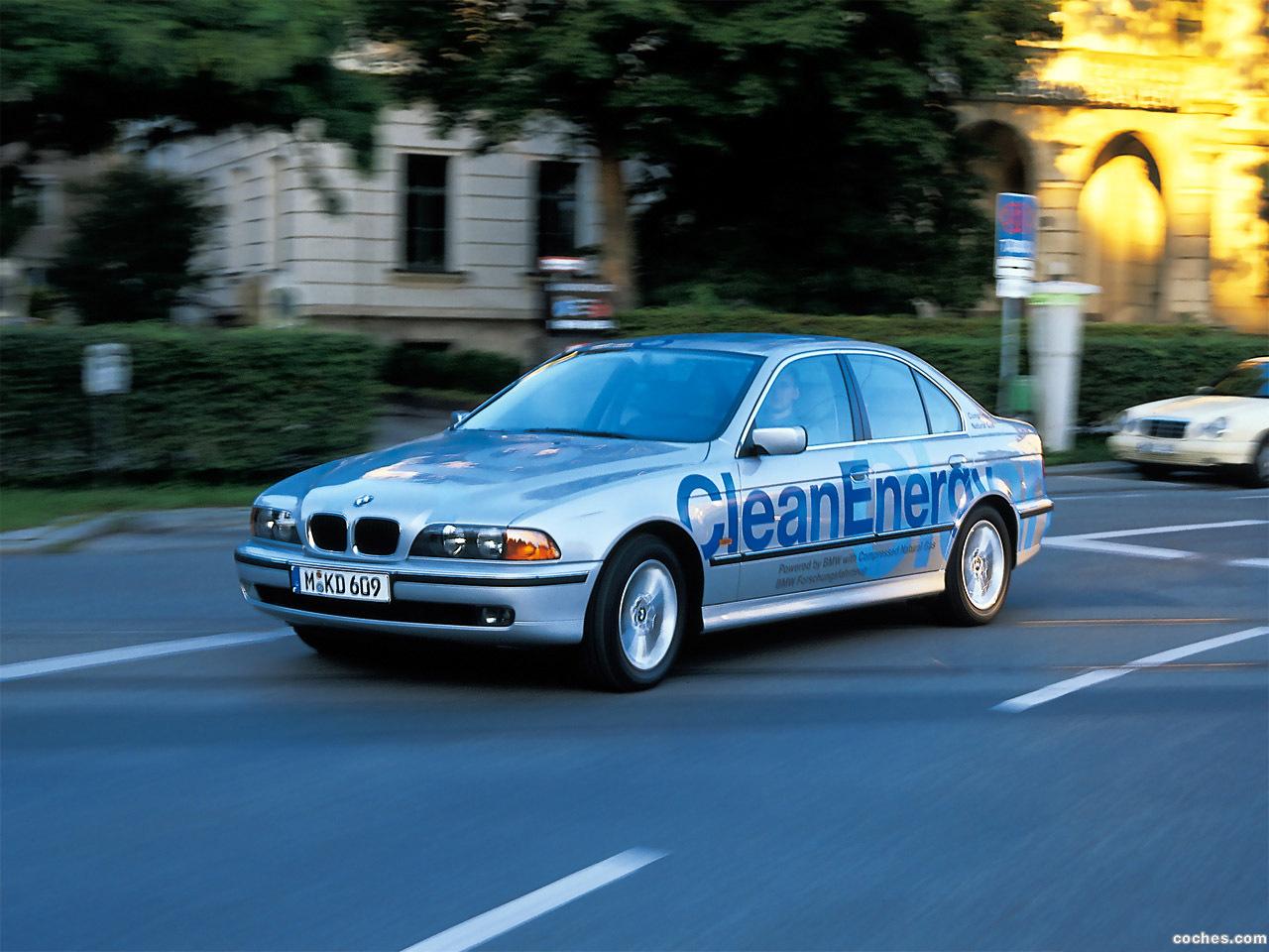 Foto 0 de BMW Serie 5 523g Clean Energy Concept E39 1999