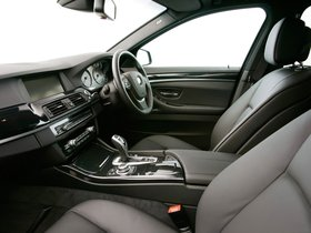 Ver foto 11 de BMW Serie 5 525d Touring M Sports Package F11 UK 2010