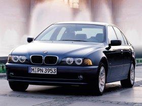 Ver foto 7 de BMW Serie 5 525i Sedan E39 2000