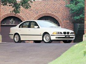 Ver foto 5 de BMW 5-Series 528i Sedan E39 1995