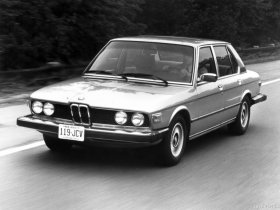 Ver foto 3 de BMW 5-Series 528i USA E12 1978