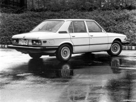 Ver foto 2 de BMW 5-Series 528i USA E12 1978