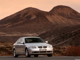 Ver foto 5 de BMW 5-Series 530Li E60 2006