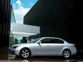 Ver foto 2 de BMW 5-Series 530Li E60 2006