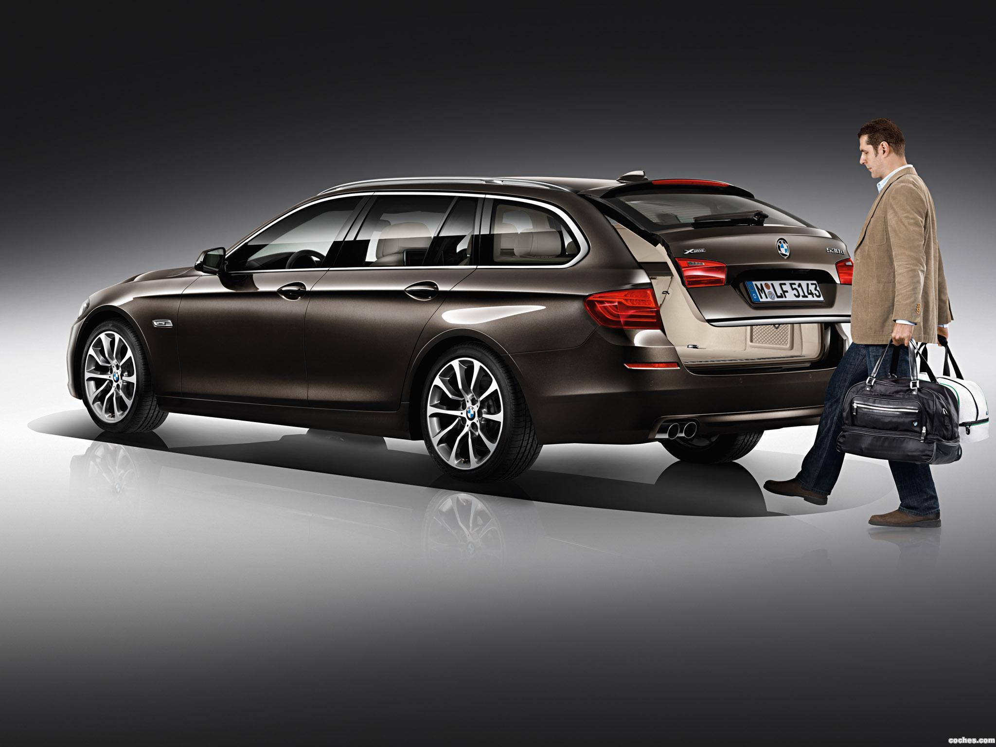 Foto 18 de BMW Serie 5 530d xDrive Touring Modern Line 2013