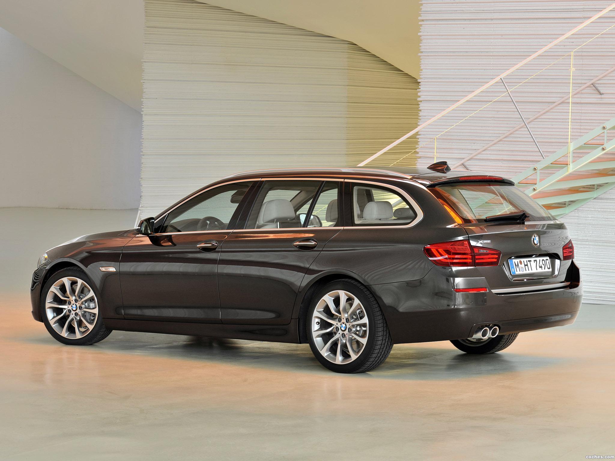 Foto 5 de BMW Serie 5 530d xDrive Touring Modern Line 2013