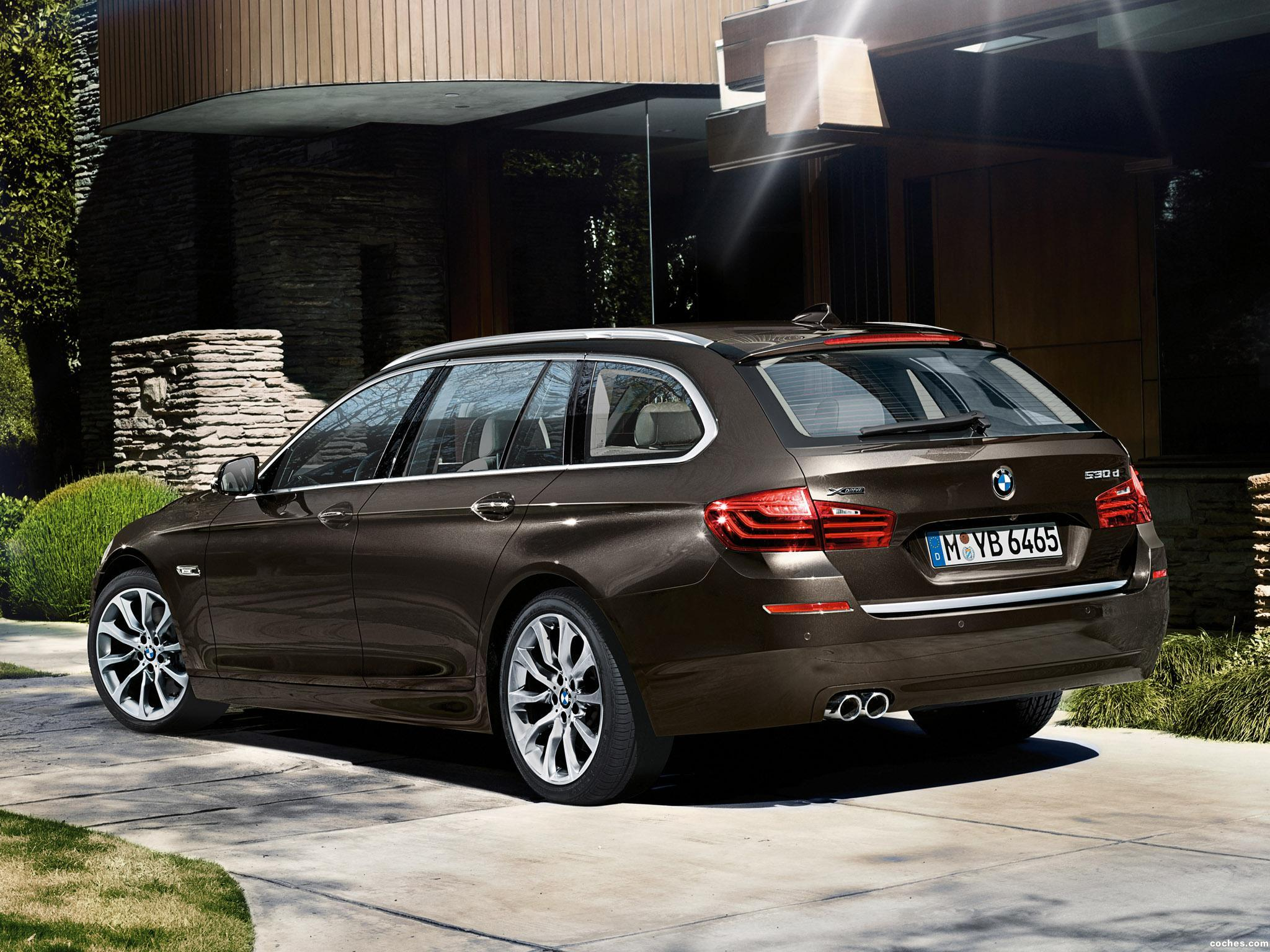 Foto 2 de BMW Serie 5 530d xDrive Touring Modern Line 2013