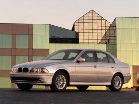 Ver foto 4 de BMW 5-Series 530i Sedan E39 2000