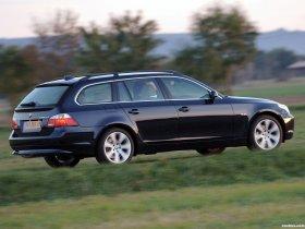 Ver foto 2 de BMW 5-Series 530xd Touring E61 2005