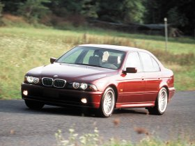 Ver foto 6 de BMW 5-Series 540i Sedan E39 1996