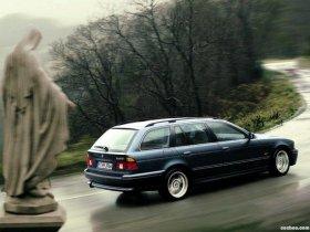 Ver foto 7 de BMW Serie 5 540i Touring E39 1997
