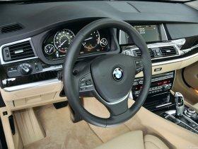 Ver foto 8 de BMW Serie 5 550i Gran Turismo USA F07 2009
