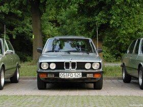 Ver foto 2 de BMW 5-Series E28 1981