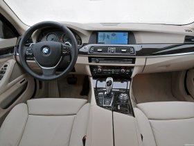 Ver foto 47 de BMW 5-Series Sedan 530d 2010