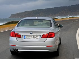 Ver foto 27 de BMW 5-Series Sedan 530d 2010